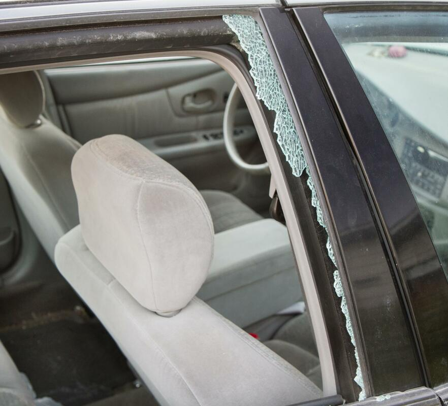 this is an image of auto glass repair in loas angeles